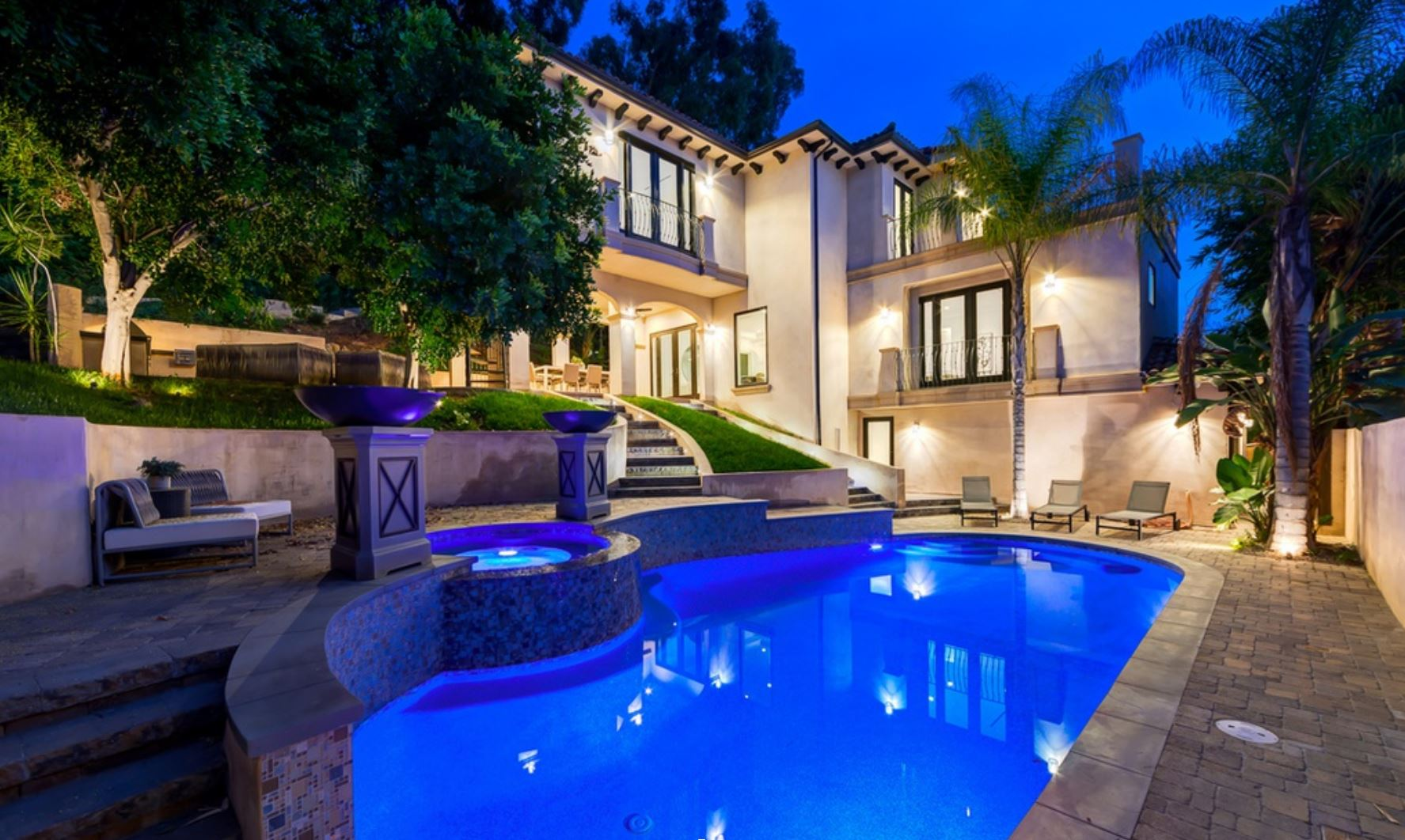 newly built Hollywood Hills compound with a one bedroom guest house